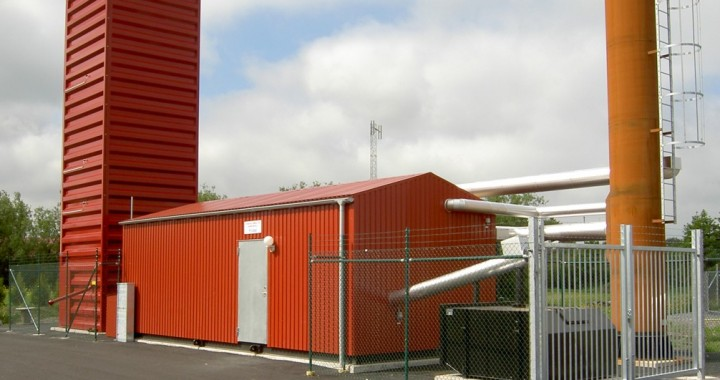 Kungälv Energi AB, Kode. Pelletspanna i container komplett med pelletssilo samt skorsten. 500 kW, pellets